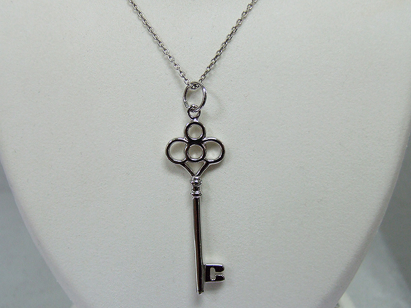 Key Pendant with Chain